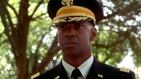 Denzel Washington in Courage Under Fire